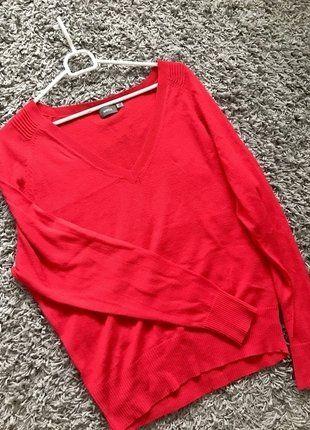Kup mój przedmiot na #vintedpl http://www.vinted.pl/damska-odziez/swetry-z-dekoltem/17415263-sweterek-mexx-w-kolorze-zywej-czerwieni-roz40