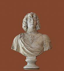 Buste du jeune Gaston de France, vers 1630, musée du Louvre. - Frère benjamin du roi Louis XIII, Gaston devient à la mort de Monsieur d'Orléans dit Nicolas (1607-1611), 2° fils d'Henri IV, 2° dans l'ordre de succession au trône. Titré duc d'Anjou, comme plus proche héritier du trône, il est aussi appelé Monsieur (titre conféré au frère du Roi), puis (à partir de 1643) le Grand Monsieur par opposition au Petit Monsieur, Philippe, son neveu, frère de Louis XIV