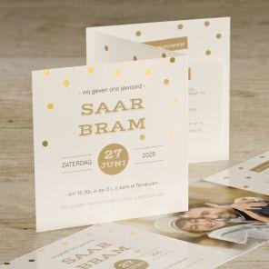 Gouden confetti en een leuke foto zorgen voor instant feest-gevoel bij deze kaart! #uitnodiging #trouwkaart |Tadaaz www.tadaaz.be