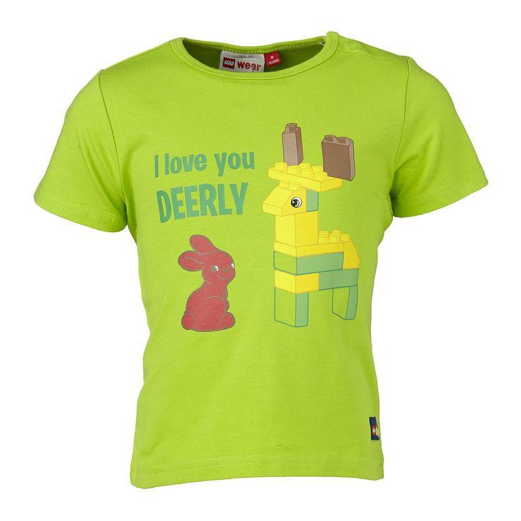 """Duplo T-Shirt """"I love you DEERLY"""" Shirt    LEGO® Wear hat längst nicht nur die Spielzeugkisten, sondern auch die Kleiderschränke erobert. Dieses niedliche T-Shirt ist das richtige für aktive Kids. Das weiche Material macht nicht nur auf dem Spieplatz eine gute Figur.    LEGO® Wear Kinder T-Shirt mit folgenden Besonderheiten:    - Thema: LEGO® Duplo®  - schönes T-Shirt von LEGO® Wear  - grosser ..."""