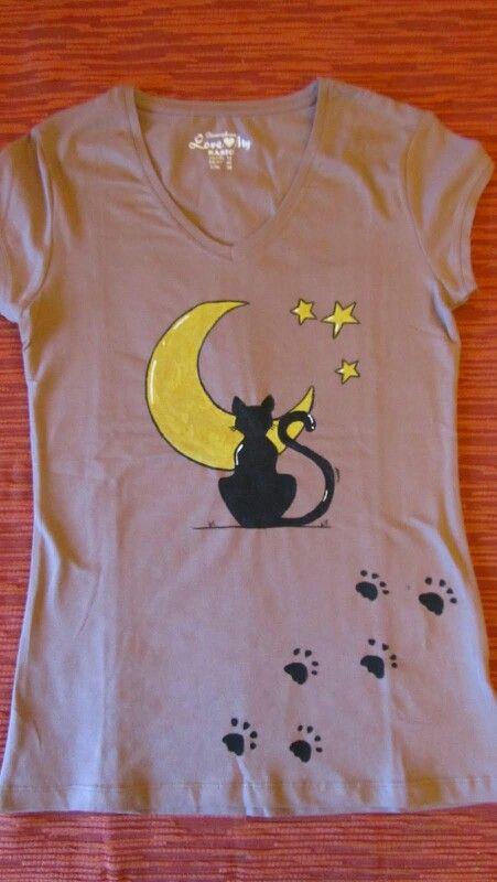 Las 25 mejores ideas sobre camisas pintadas en pinterest - Pintura para camisetas ...
