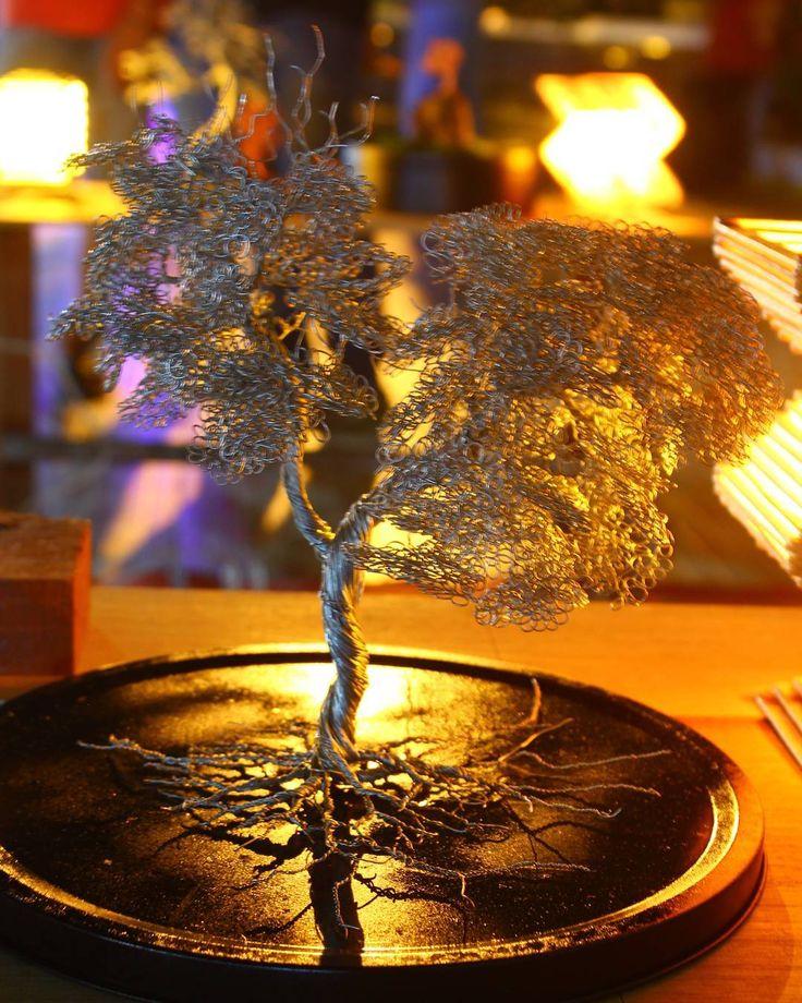 Bonsai wire art from indonesia.. #tabalong  #furniture #desain #interior  #karyaanakbangsa  #art  #bonsaiindonesia #ideacreativeid #arcitekture  #seni #inspirasi #riaricis1795 #handmade #elegan #hitamputihtrans7 #onthespot #banjarinfo #kreatif #bisnisonline #infiafact #jakarta #bali #esty #fakta #inovasi #pohonabadi #fakta  #wireart #instagram #indonesiakreatif #senimanmudaberkarya by sandrya_gallery_wireart