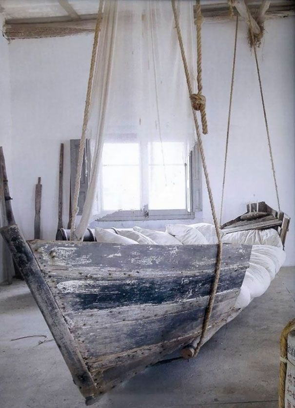 You Can Turn An Old Boat Into A Bed
