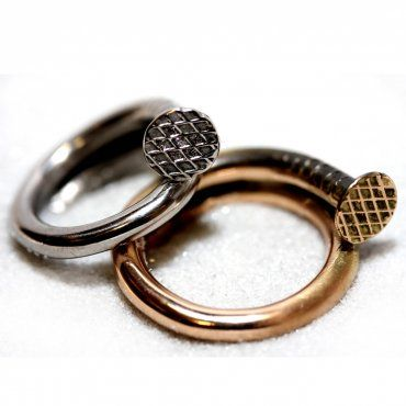 Gold and Platinum wedding rings