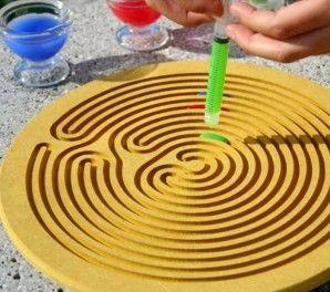 http://www.jugarijugar.com/87-282-thickbox/laberinto-gota-de-agua-.jpg