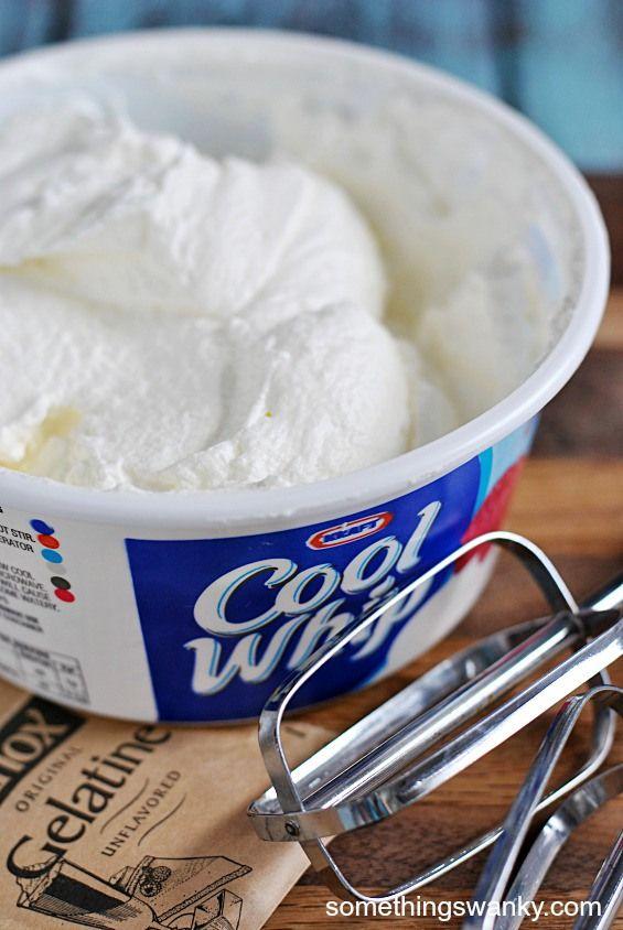 Homemade Cool Whip   www.somethingswanky.com