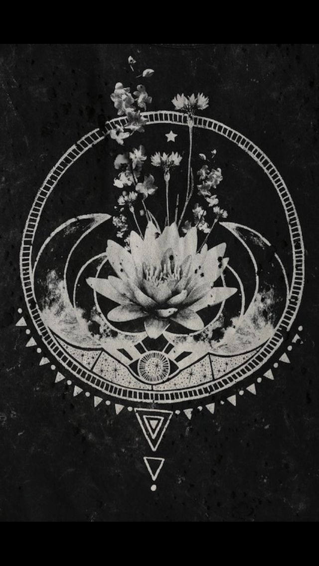 OBSESSED. Minus the flower in the middle. Definitely what i'm getting. AHHH.
