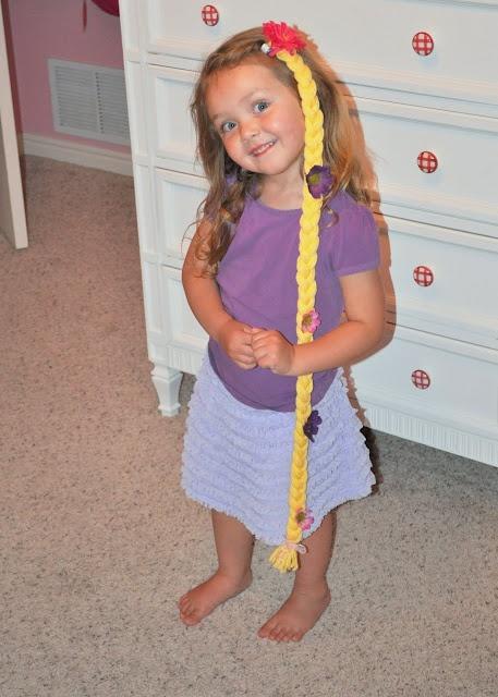 Rapunzel  Leuk om een vlecht bij de verteltafel te leggen.