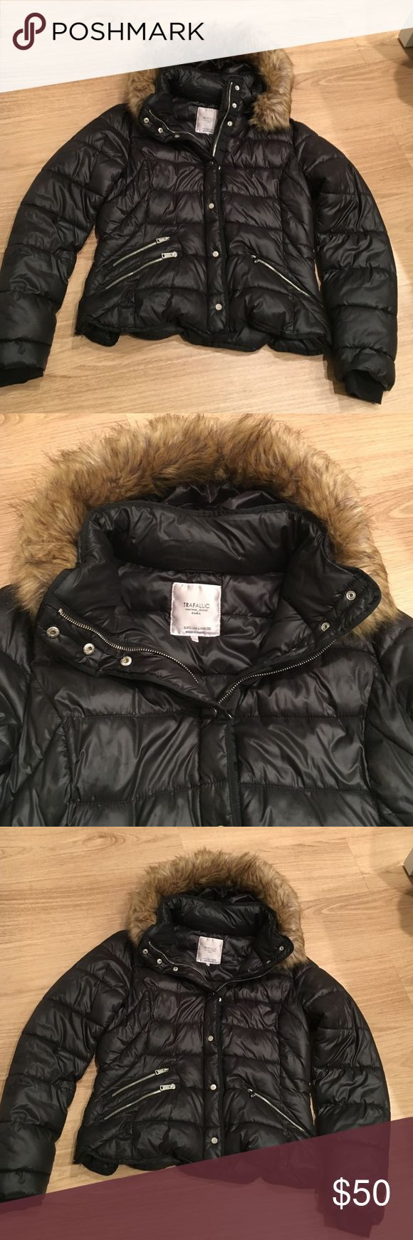 TRAFALUC ZARA winter jacket black sz L excellent 2-3 times wear women TRAFALUC ZARA black winter women jacket sz L long 23 in sleeve 26 in bust 21 in very worm black color the fur it's removable .. NO TRADE!!! Zara Jackets & Coats Trench Coats