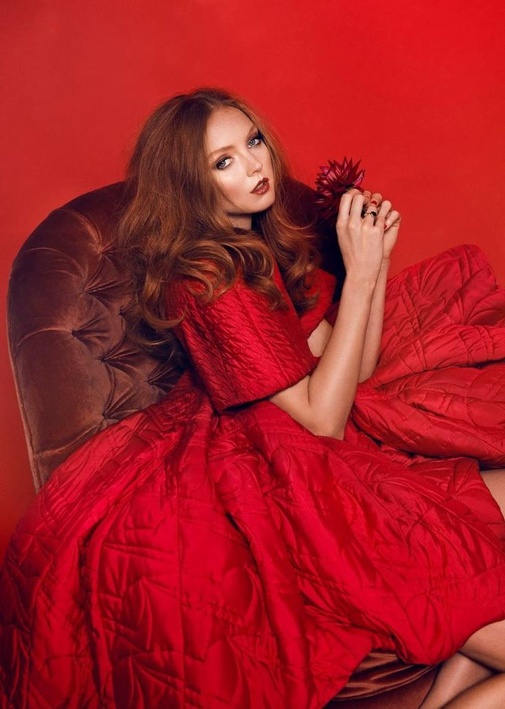 Ret Hot Lily Cole (Allure Korea)