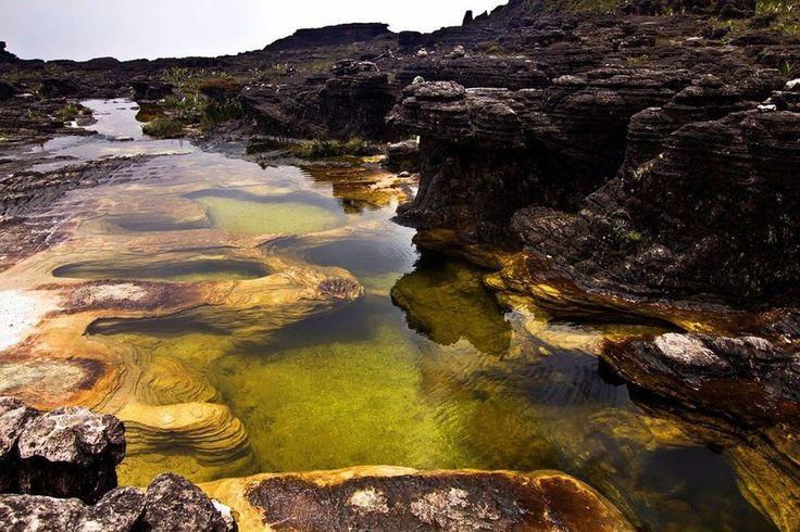 Естественные бассейны, гора Рорайма, Венесуэла