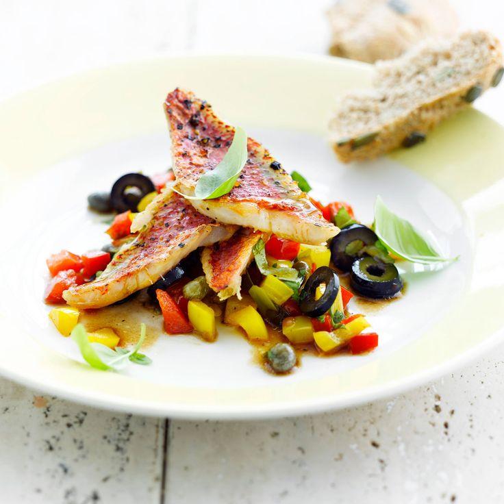 Découvrez la recette Rougets à l'italienne sur cuisineactuelle.fr.