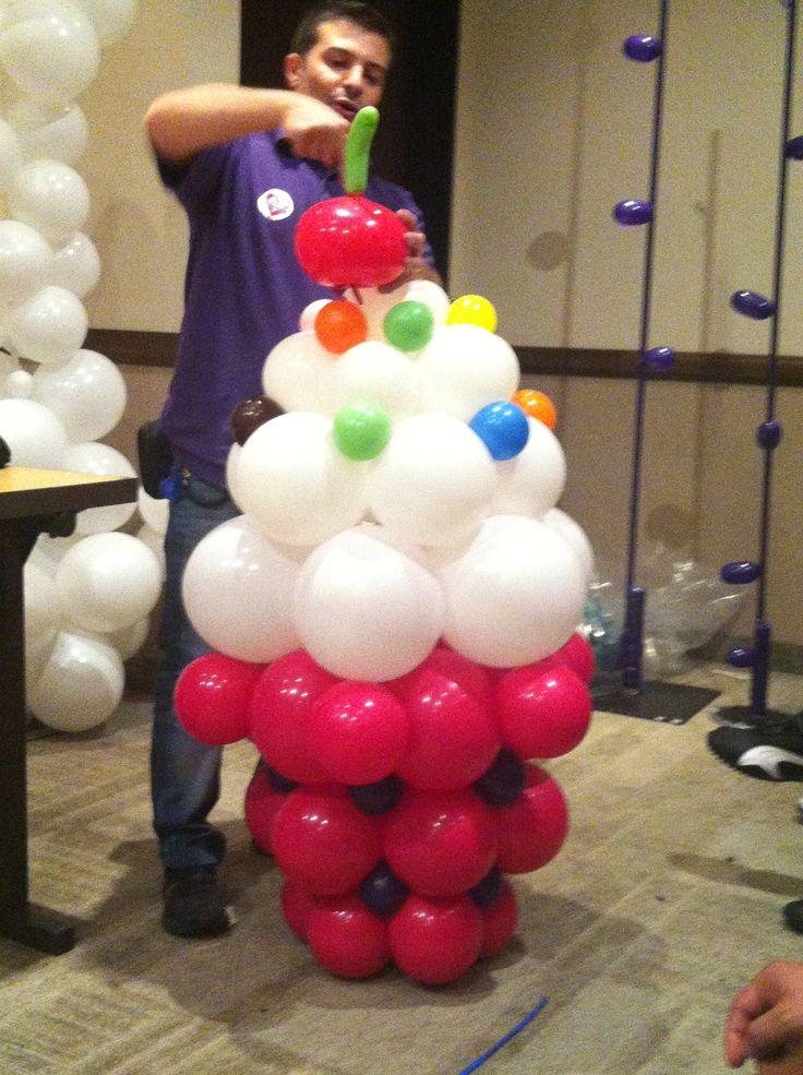 federico onida balloon cupcake