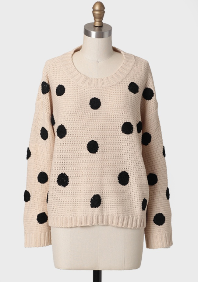 loving this @ShopRuche spotted sweater!