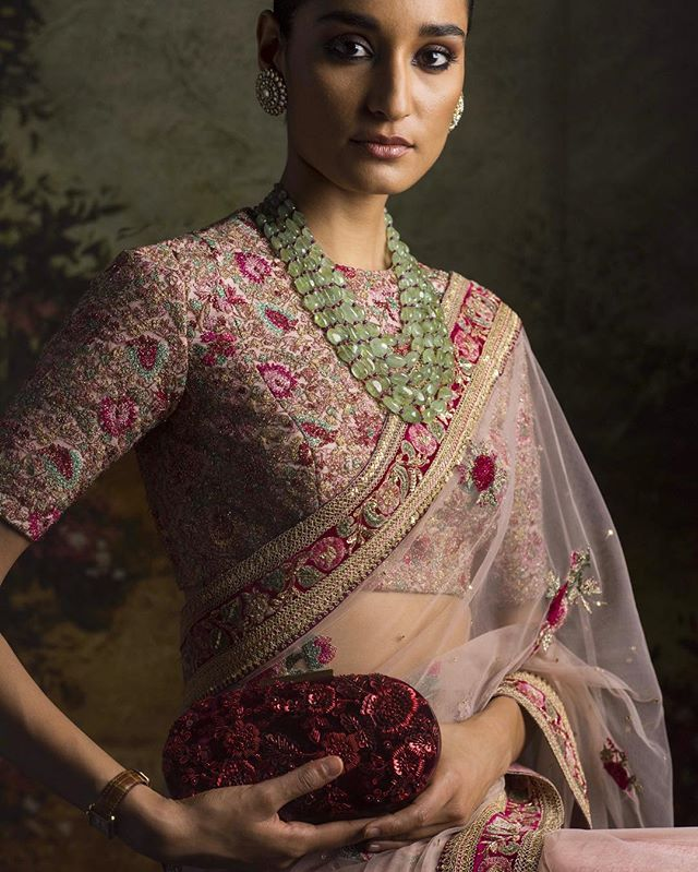 #Sabyasachi #EmbroideredTulleSari #ClutchBySabyasachi #Jewellery by @kishandasjewellery #KishandasForSabyasachi #TheWorldOfSabyasachi @sabyasachiaccessories