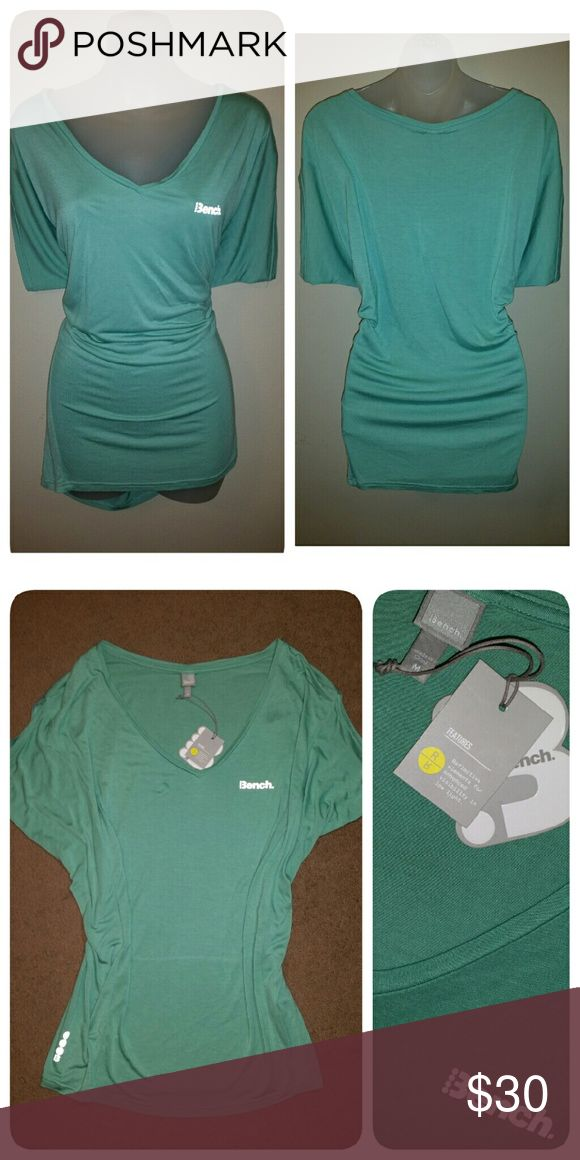 BENCH ATHLETIC TOP Green w reflective logo  Batwing style sleeves  Tags still attached Bench Tops Tunics