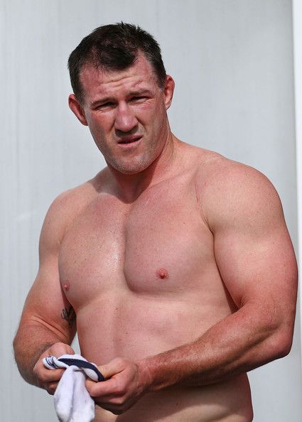 Paul Gallen Photos Photos - Paul Gallen takes a break during a New South Wales Blues State of Origin training session at Novotel Coffs Harbour on June 11, 2014 in Coffs Harbour, Australia. - New South Wales Blues Training Session