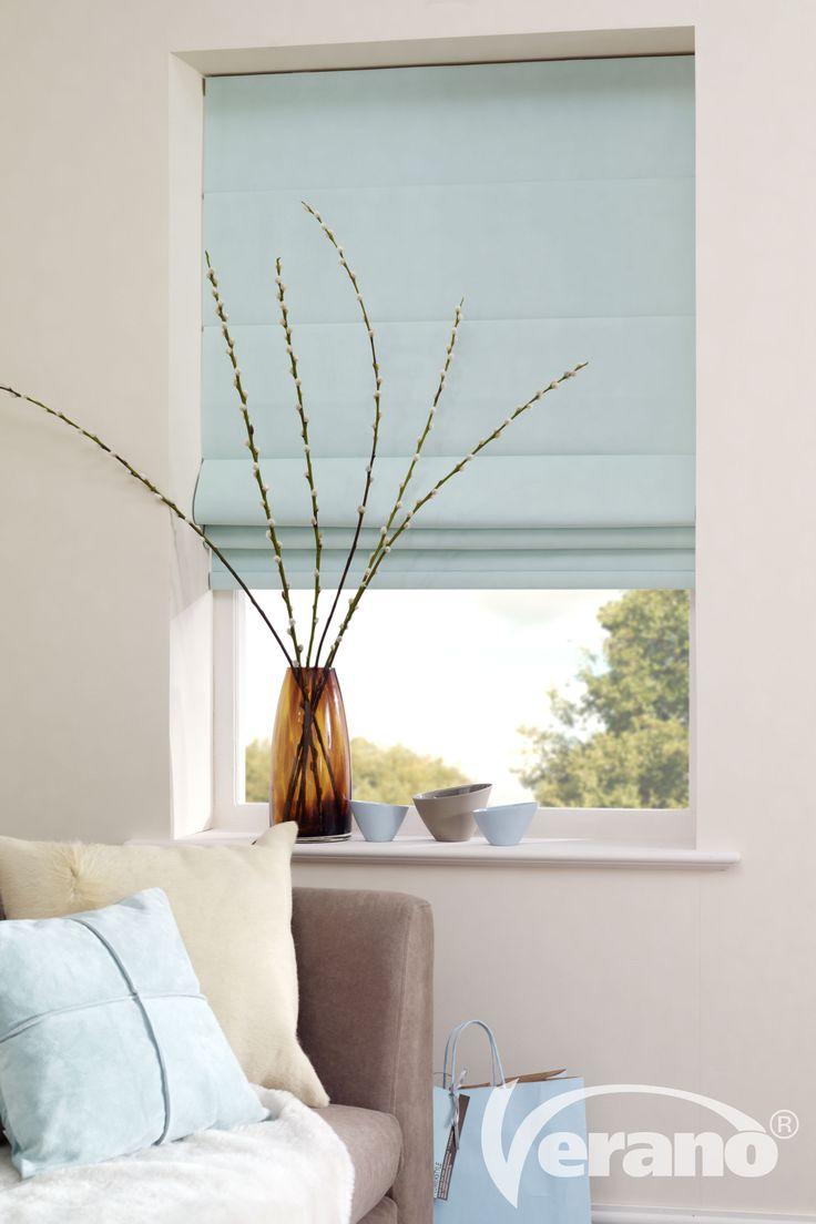 Maak van je #woonkamer een eenheid door één tint in meerdere attributen terug te laten komen. Ook je #raamdecoratie kan zorgen voor deze eenheid!