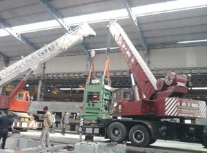 t is the first goal of Laxmi Crane Service to systematically offer our customers with exceptional service. The Laxmi Crane Service evidenced its leadership in hydraulic telescopic cranes, mechanical crawler cranes, truck mounted cranes, hydras, forklifts, trailers odc transport, lattice boom truck cranes, hotmix plants, asphalt plants, drum combine plants. http://www.laxmicraneservice.com/aboutus.php