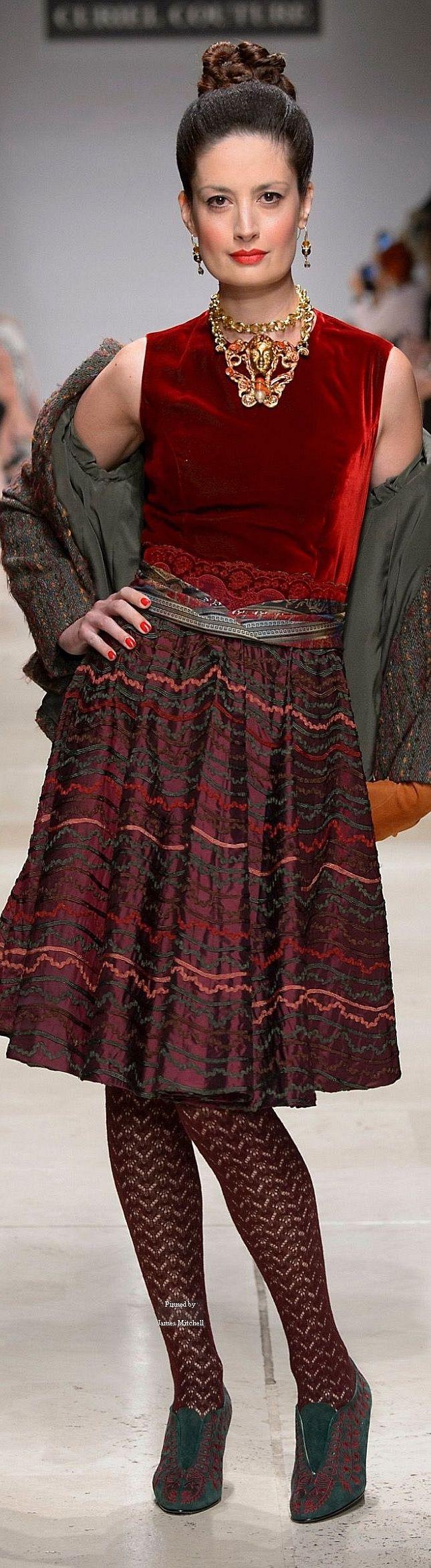 Innenfarben für die halle  best vestidos hermosos images on pinterest  formal prom dresses