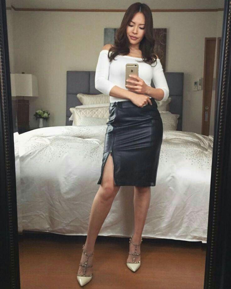 Have amateur wife short skirt heels entertaining