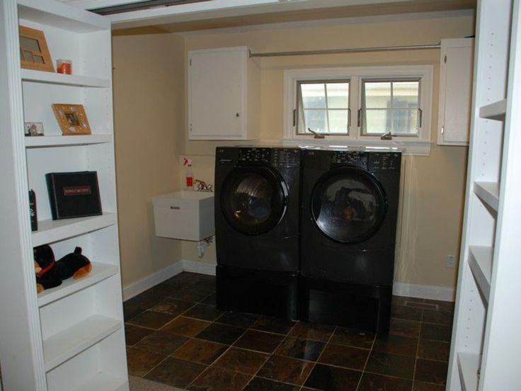 Secret Laundry Room ~ I want this!!!!!!!!