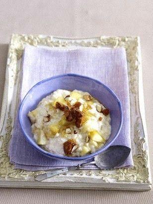 Das Rezept für Vanille-Milchreis mit Äpfeln und Mandeln und weitere kostenlose Rezepte auf LECKER.de