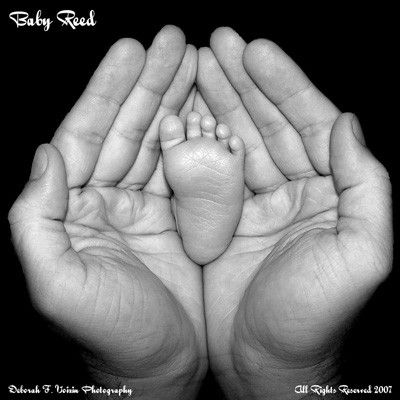 hands and footBabyfeet, Baby Feet, Precious Tiny, Infants Pictures Ideas, Child Photography Ideas, Perspective, Memories Gift, Baby Photos, Child Foot