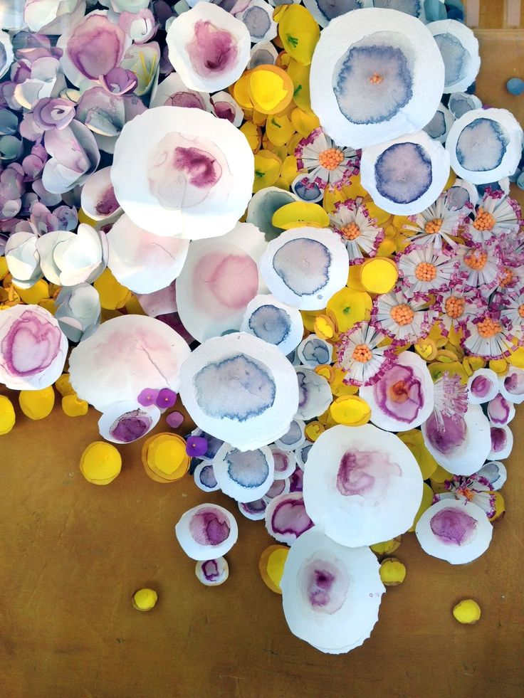 flowers made from dip dyed paper cones + cups (anthropologie window)