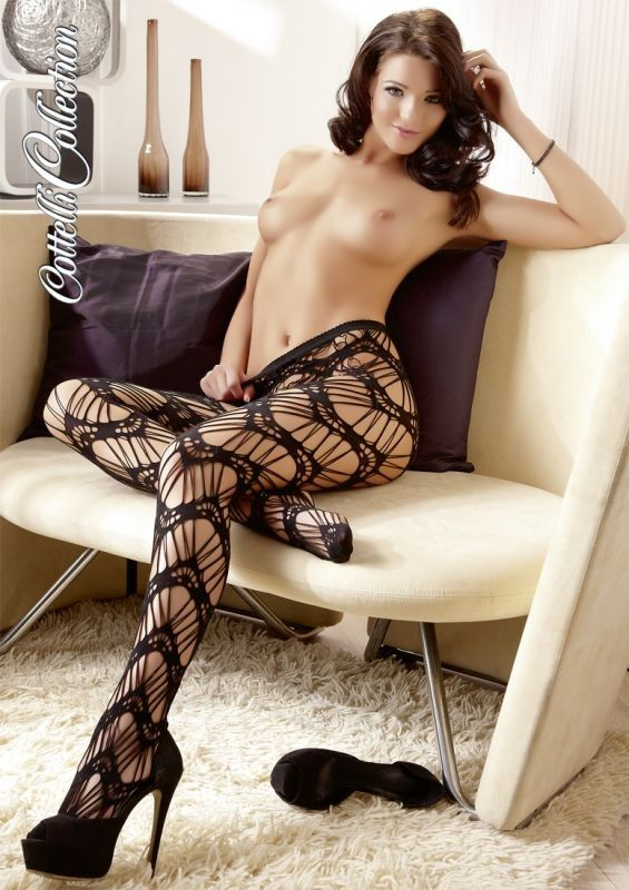 Sexy calza nera con lavorazione particolare a rete. Cavallo aperto e punta rinforzata. Taglia unica : S-L