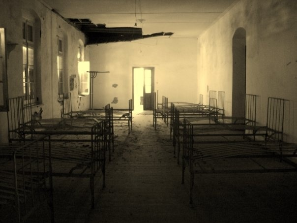 St. Joseph of the Apparition, abandoned bedrooms..