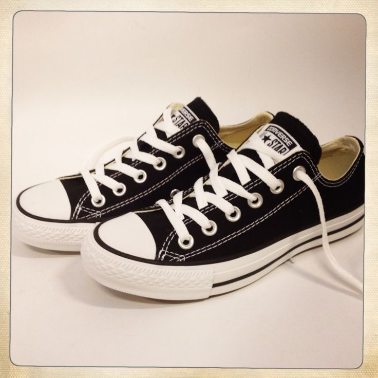 The black white low-cut Chuck Taylor Classic www.