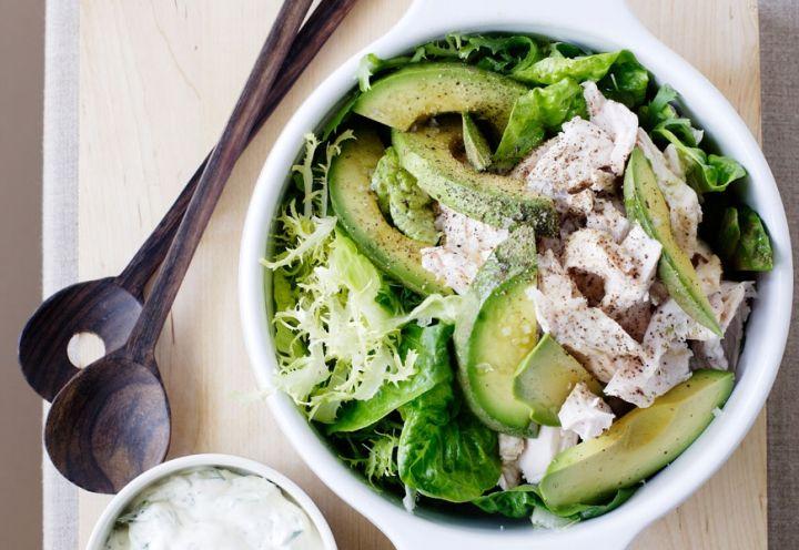 Nel canale ricette di Elle.it tante insalate da gustare!