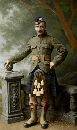 Gente della Guerra (151)World War 1 Highlanders in Color! https://www.facebook.com/pages/As-tears-petrified-in-the-ground-14-18-WWI/610711125633069