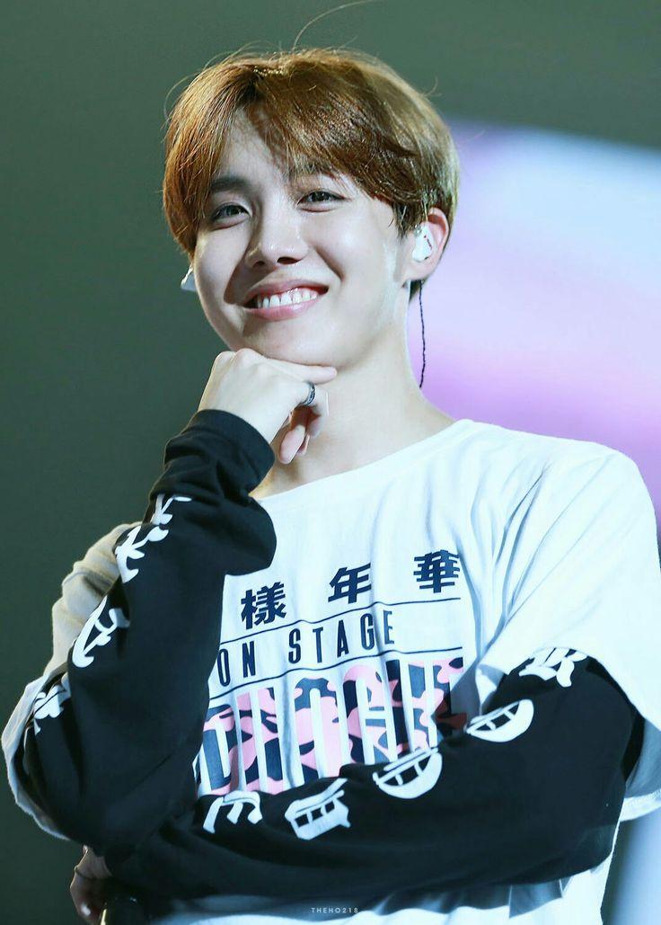 [160618]BTS at 2016 BTS LIVE 'HYYH On Stage:Epilogue' in Macau  #BTS #bangtan #방탄소년단  #防弾少年団