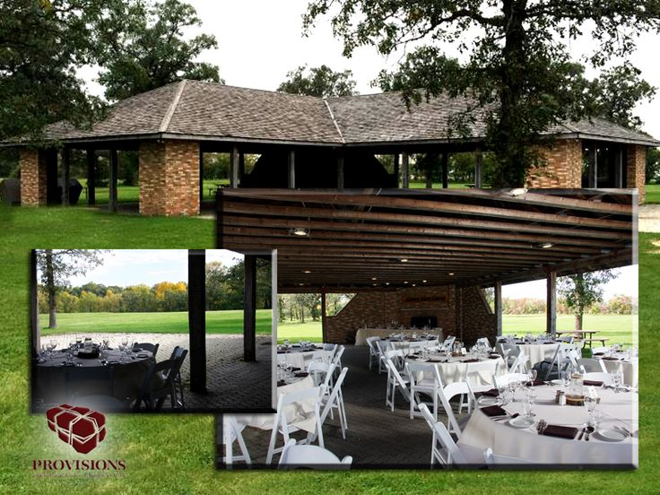 This beautiful outdoor reception venue offers your guests a beautiful and rustic setting for your event.  The exposed beams offer amazing décor opportunities, while the working fire place sets a warm and romantic atmosphere. Maximum capacities: Seated events 150 people (Stand-up 300 people)
