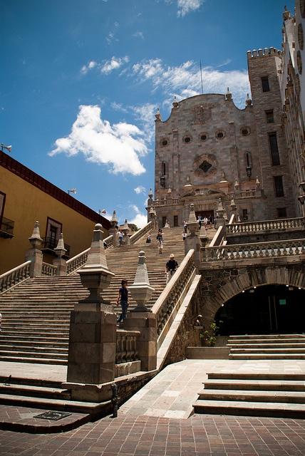 L'Università di Guanajuato, Mexico by Choollus