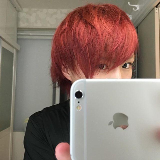 WEBSTA @ shuri1202 - 第3弾 マニックパニック  ピラーボックスレッド&レイヴァンてっぺーには本当に感謝しかないいろいろな髪色にしてくれ、綺麗に染めてくれて本当にありがとう!!この髪色ほんとに好きや(⊃´-`⊂)てっぺーマジで最高(´∇`) #髪色#赤色#red#マニックパニック#ピラーボックスレッド #レイヴァン#感謝#いつもありがとう#お気に入り#期間限定#14日まで#残り時間#楽しむ