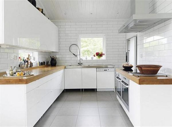 Sleek white kitchen bamboo benchtop
