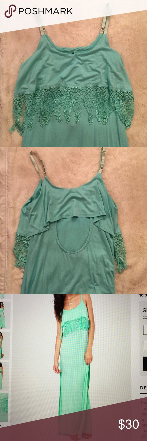 Mint Green Lulus Maxi Dress This super cute mint green/turquoise Maxi is perfect for a summer or spring occasion! Never worn but has no because it was an online order!! Lulu's Dresses Maxi