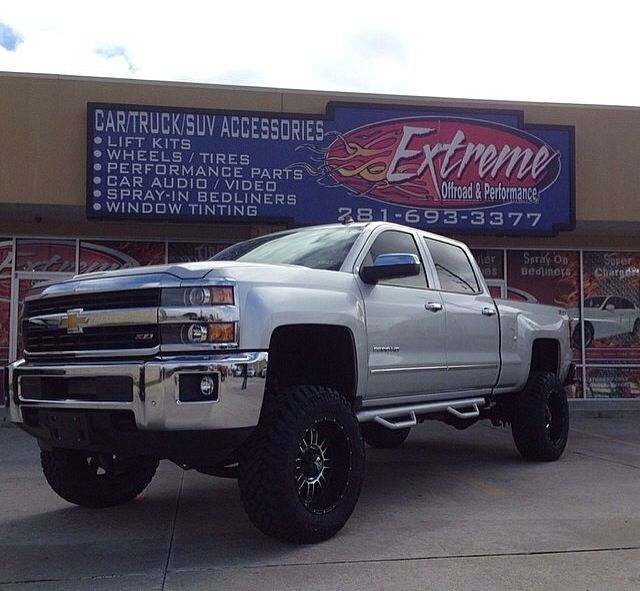 lifted 2015 Duramax!