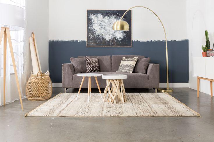 Intérieur lumineux et cocooning avec la marque hollandaise Zuiver sur MonDesign.com #lighting #white #natural #carpet #table #furniture #inspiration #design #designspiration
