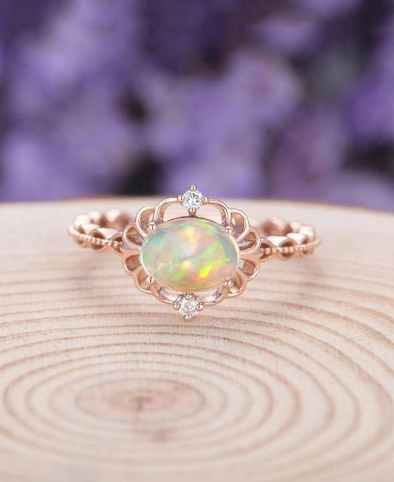 die besten 25 opal verlobungsringe ideen auf pinterest sch ne ringe sch ne verlobungsringe. Black Bedroom Furniture Sets. Home Design Ideas