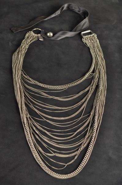 Goti necklace