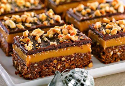 Prăjitură cu ciocolată şi cremă caramel | Click! Pofta Buna!