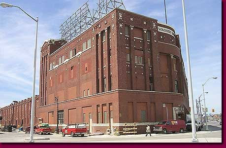 The old wonder bread building on grand river now the motor for Motor city hotel detroit