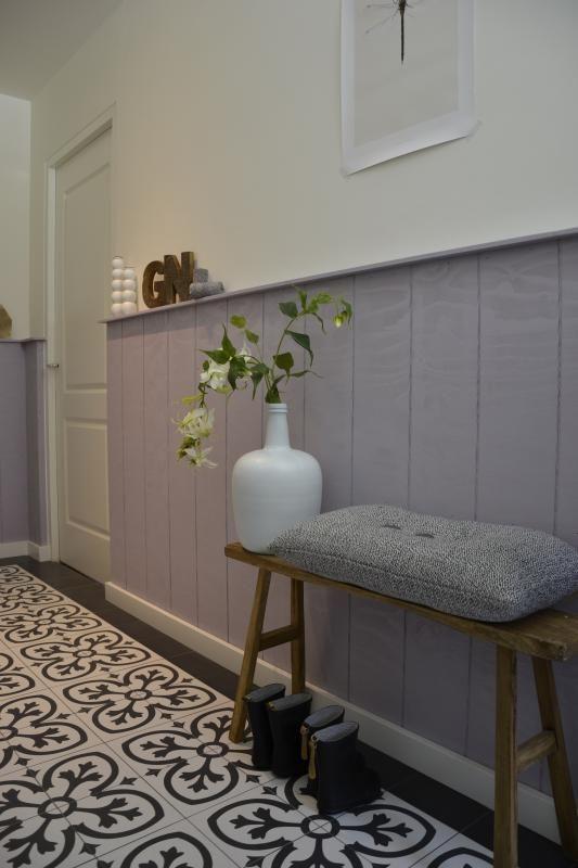 25 beste idee n over lambrisering op pinterest muur lambrisering werkruimtes en geschilderde for Schilderen voor gang d