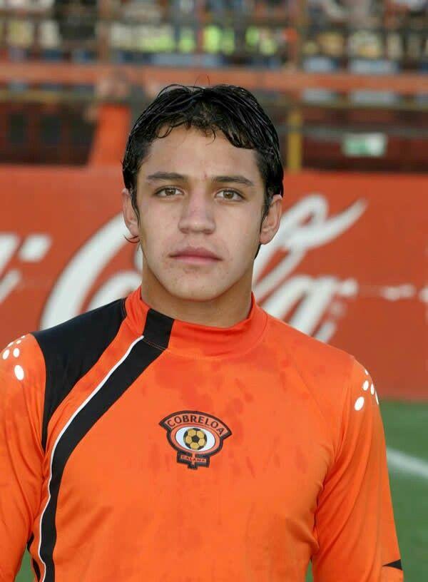 Alexis en los inicios de su carrera , club Cobreloa