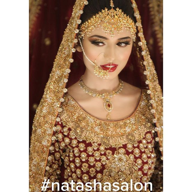 "Its #decemberistan #bridalseason in full swing ! this absolute doll Amna we gave our #100wattskin, gorgeous winged glittery gold eyes and a red pout to ! We couldn't keep our eyes off of her ! ❤️💕here is what she had to say about the experience ""Amazing experience! I was pampered like a princess .""💕 thank you for letting us be a part of your big day 💕also as we are about to hit a landmark number of brides that we've done , this January we are about to announce some amazing bridal…"