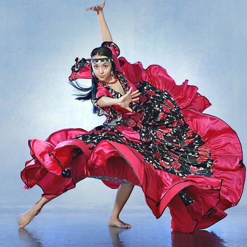 Испанское платье для танцев картинки